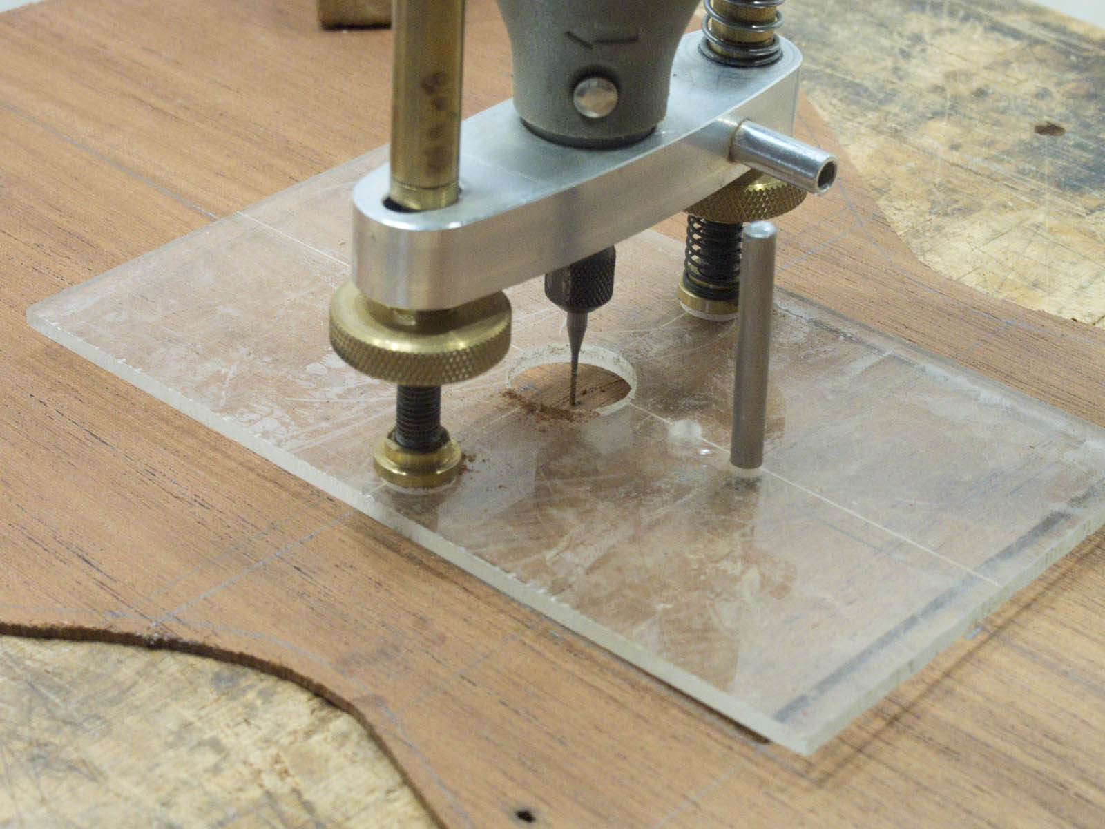 Soundhole cutter1.jpg